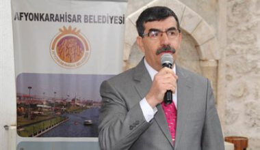 Hem yazan, hem yazılan gazeteci: İbrahim Yüksel