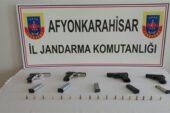 Kaçak tabanca ele geçirildi – Kocatepe Gazetesi