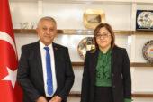 Zeybek, Fatma Şahin'i  Gastronomi Festivali'ne davet etti