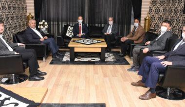 Başkan Zeybek'ten Taytak'a teşekkür