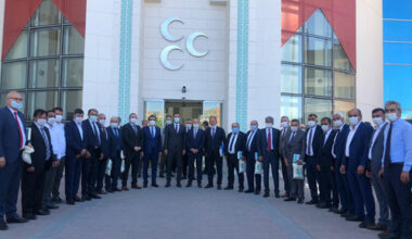 """MHP'li Başkanlar Lider Bahçeli'nin Başkanlığında istişarede bulundu: """"MHP yerel yönetimlerde marka parti"""""""