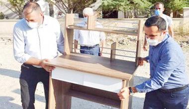 Bayat'ta öğrencilere masa sandalye dağıtıldı