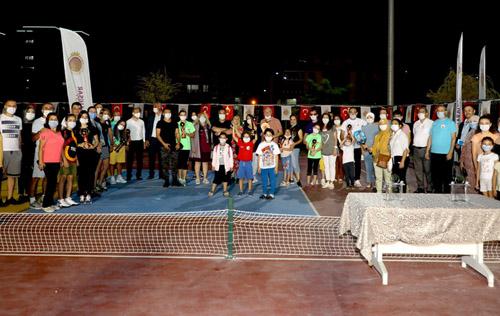 Pickleball Türkiye'de  ilk defa Afyonkarahisar'da oynandı