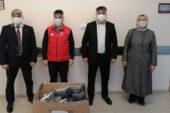 Gençlerden sağlık çalışanlarına maske desteği