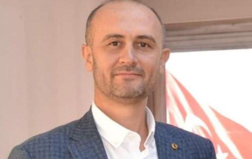 Kızılay'da bayrak değişimi