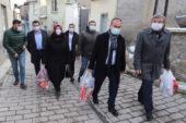 AK Parti'den anlamlı proje: Esnaftan alışveriş, ihtiyaç sahibine yardım