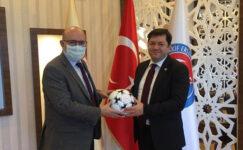 Burdur'un spor tesisleşmesindeki başarısı dikkatleri çekiyor