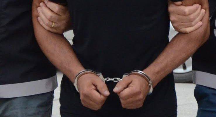 Hırsızlıktan 12 yıl , yağmadan 6 yıl cezaları vardı; yakalandılar