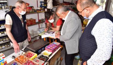 Başkan Zeybek vatandaşları dinledi