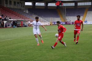 Jetler son maçı Zonguldak'a hediye etti