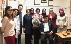 AKÜ öğretim elamanlarından misafir öğrencilere destek