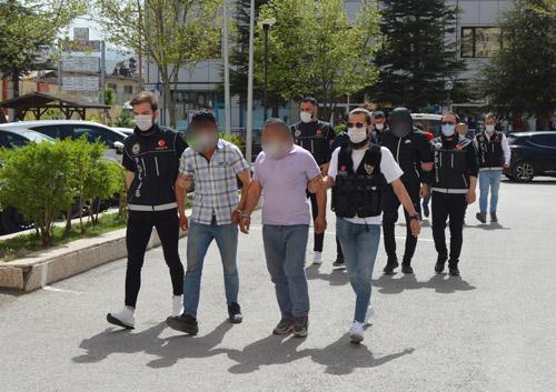 Uyuşturucu operasyonunda 5 zanlı tutuklandı