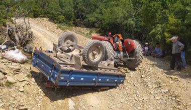 Traktör römorku devrildi: 4 yaralı
