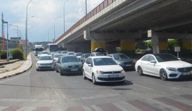 Tatil dönüşü trafik yoğunluğu yaşandı