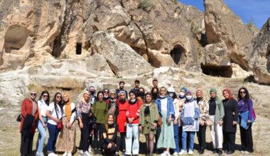 Gönüllü gençler Frigya'yı gezdi