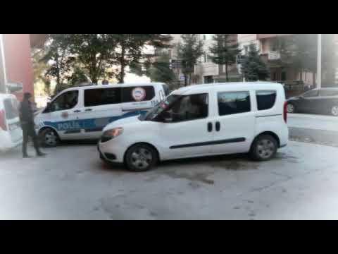 Erenler'de 37 kişiyi fuhuş vaadiyle dolandırdılar